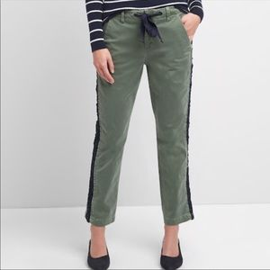 Gap high rise girlfriend chinos  size 10